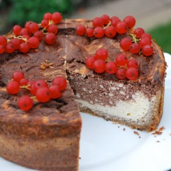 Chocolate and vanilla cheesecake (LC, GLF, GRF, SF)