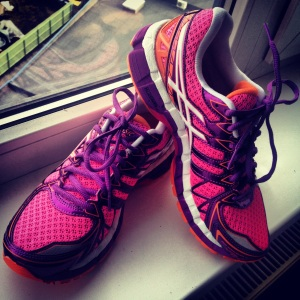 My brand new running shoes: Asics GEL-Kayano 20. Love the bright colours too!